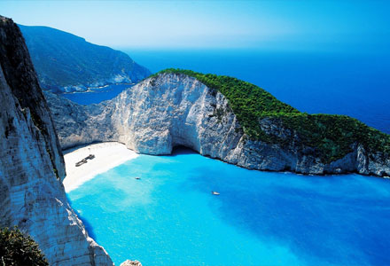 things-to-do-in-zakynthos-navagio